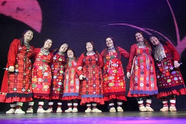 Зажгли не по-детски: клип «Бурановских бабушек» к ЧМ по футболу