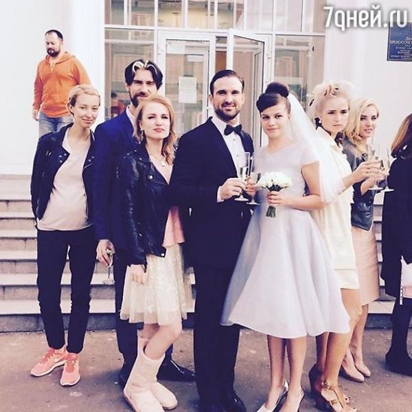 Агния Кузнецова и Максим Петров празднуют ситцевую свадьбу