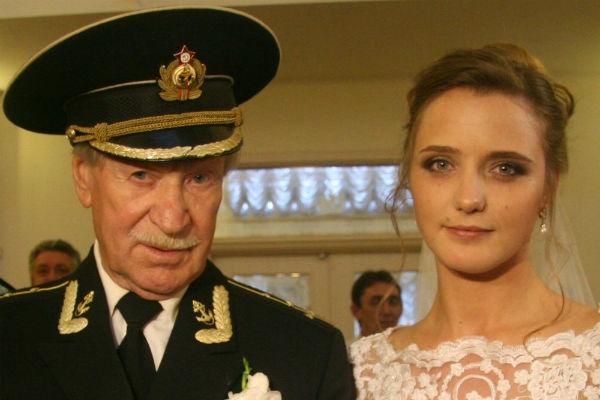 Юрий Лоза мучается из-за Ивана Краско и его молодой жены
