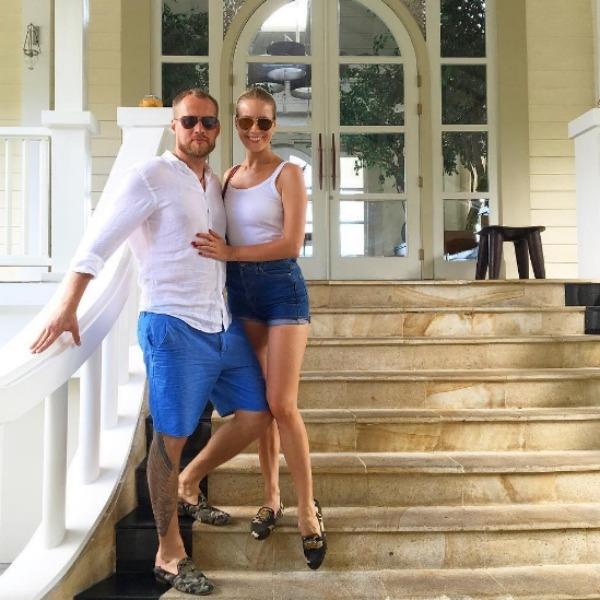 Брачные агенты: 9 звездных пар, которые тайно поженились в этом году