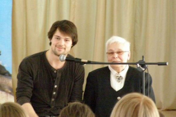 Бабушка Данилы Козловского рассказала правду о его романах