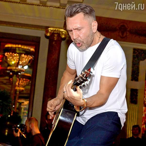 ВИДЕО: Максим Матвеев признался в любви Ане Чиповской