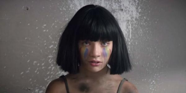 Sia посвятила новый эмоциональный клип жертвам теракта