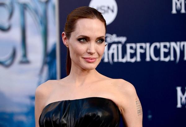 Анджелина Джоли наняла лучшего кризисного менеджера США