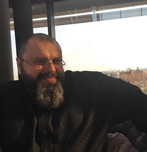 Максим Фадеев поделился редким семейным кадром