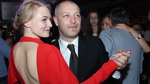 Оксана Акиньшина в третий раз станет мамой