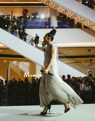 Знаменитости побывали на семичасовом модном показе