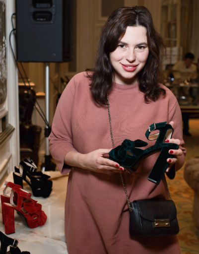 Жанна Бадоева поразила столичную публику стильной обувью