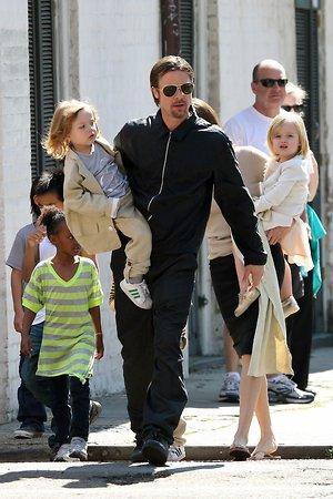 Стали известны подробности свидания Брэда Питта с детьми