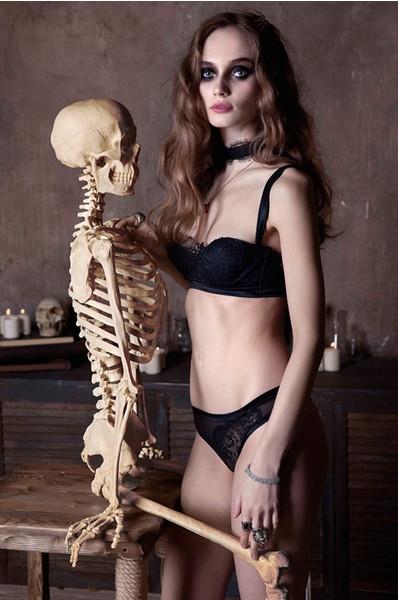 Страшно сексуально: идеальное белье на Хэллоуин
