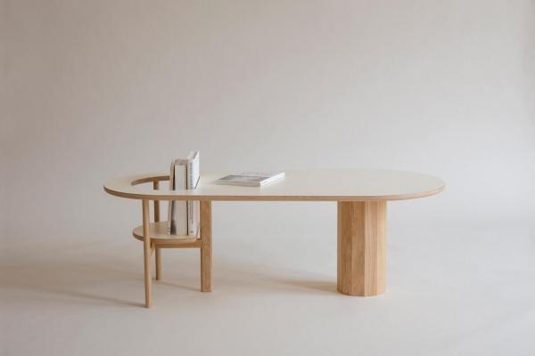 Необычный кофейный столик для книг идетей