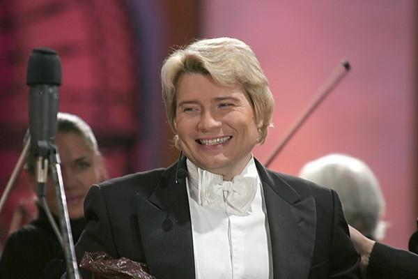 Николай Басков едва не пострадал в Вильнюсе из-за падения со сцены