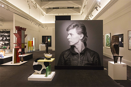 Выставка Дэвида Боуи установила рекорд