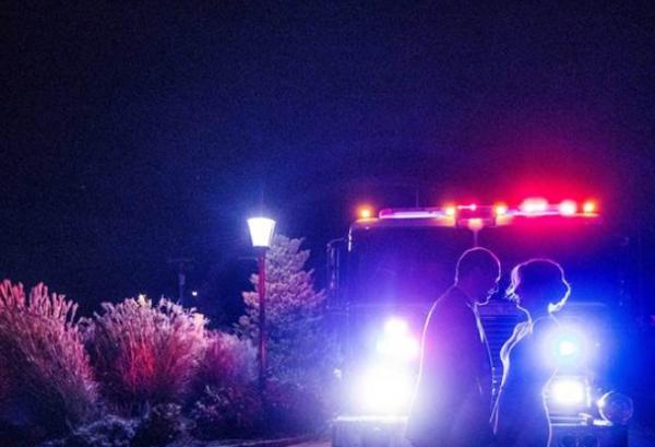 C огоньком: молодожены устроили фотосессию во время пожара