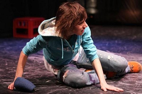 Актрису Евгению Полунину жестоко избил мужчина