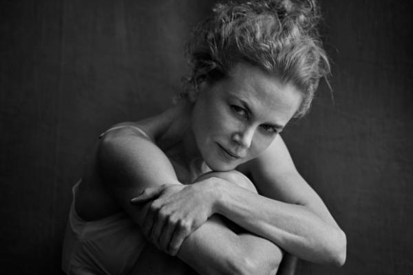 Знаменитые актрисы без макияжа стали героинями нового календаря Pirelli