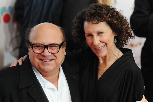 Жена Дэнни Де Вито решила поставить точку в браке с актером