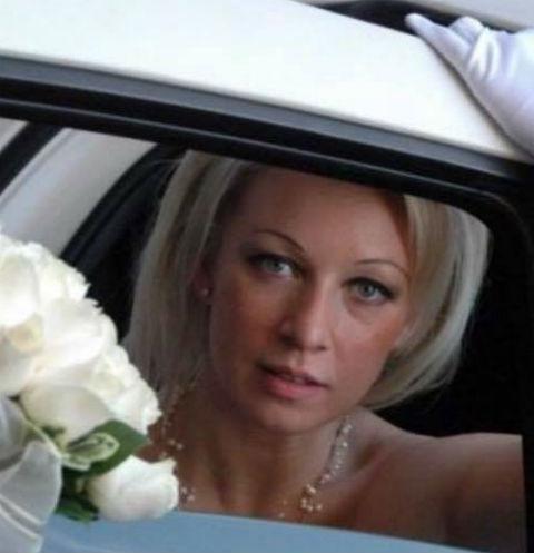 Снимки свадебного платья Марии Захаровой стали хитом в Сети
