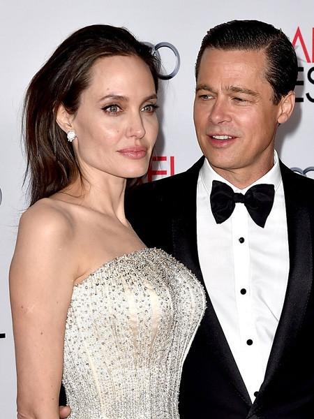 Может, не разведутся? Джоли и Питт решили поужинать вместе