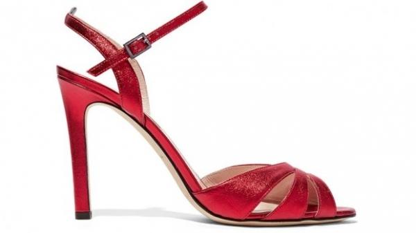 Сара Джессика Паркер выпустила праздничную коллекцию модной обуви