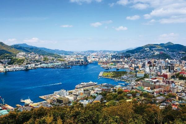 Бумажные журавлики, или Почему Нагасаки стал городом надежды