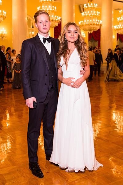 Стешу Маликову затравили за открытое платье, и она не сдержалась