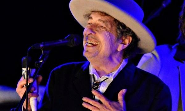Боб Дилан не приедет на вручение Нобелевской премии