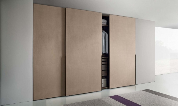 Шкаф-купе: несколько советов, как грамотно использовать место для хранения