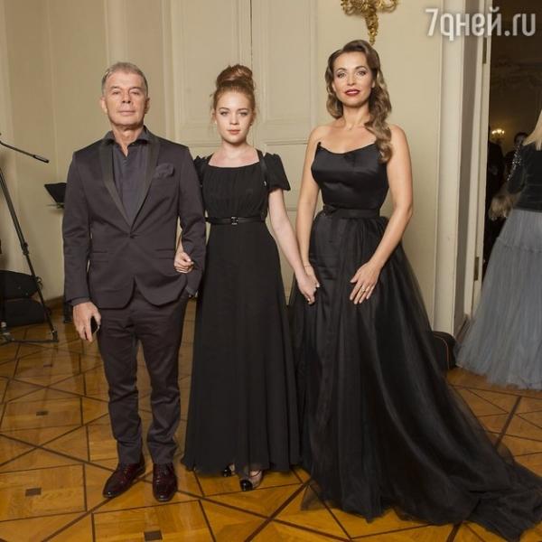 Стефания Маликова, София Меладзе и другие зведные дочки на балу дебютанток Tatler