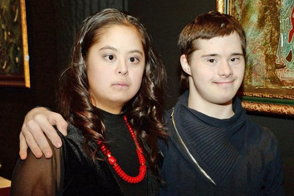 Ирина Хакамада вывела в свет дочку и ее жениха: фото