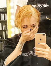 Самбурская перекрасилась в блондинку и пожалела