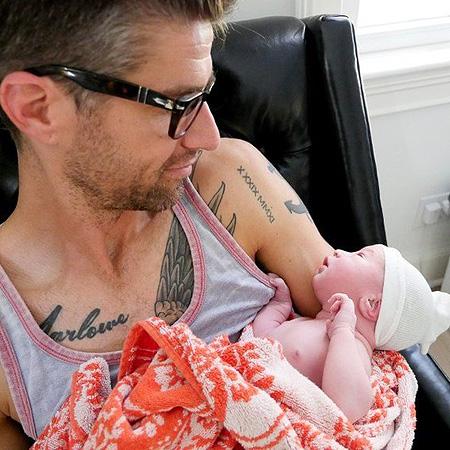 Дочь Сьюзен Сарандон выложила фото своих родов в Сеть