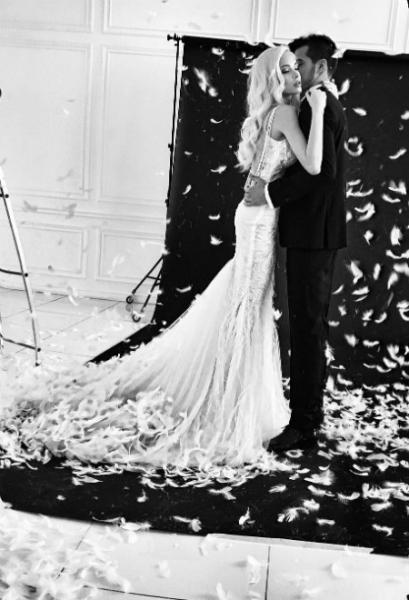 Алена Шишкова примерила свадебное платье