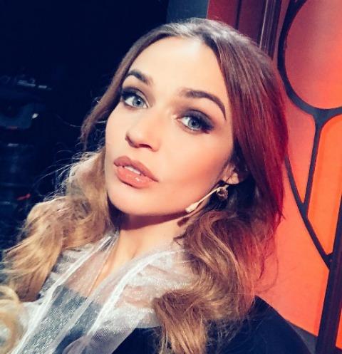 Алена Водонаева готовится распрощаться с шикарным бюстом