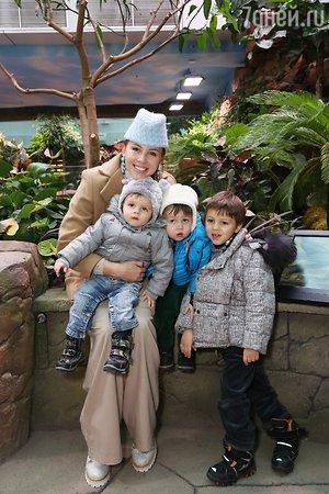 Дети Филиппа Киркорова познакомились с редчайшими морскими обитателями