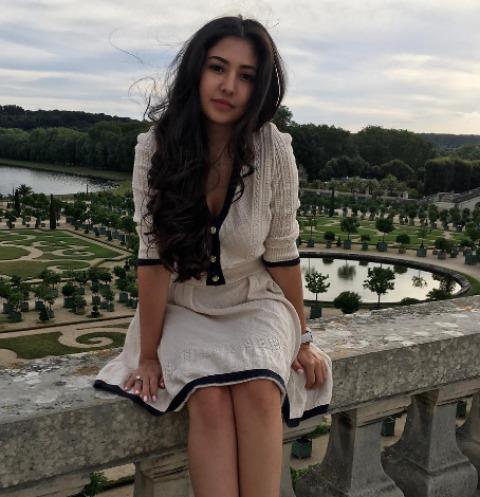 «Таджикская принцесса» оправдалась за платье в 40 миллионов