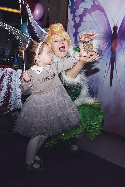 Тайный поклонник Элины Камирен потратил на день рождения ее дочери полмиллиона