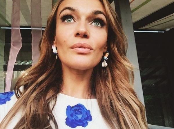 Алена Водонаева возмущена инцидентом, произошедшим с ней в ресторане