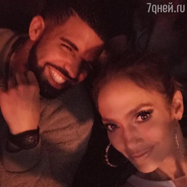 Дженнифер Лопес отменила ради своего нового молодого любовника новогодний концерт