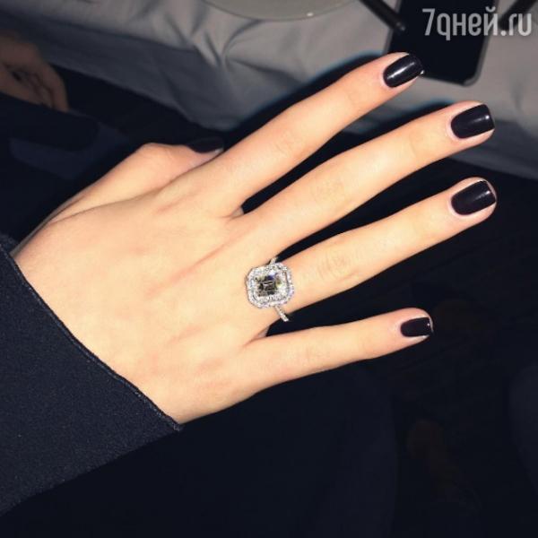Дочка Михаила Турецкого впечатлила размером бриллианта в обручальном кольце