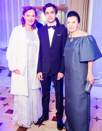 Александр и Милана Кержаковы подарили сказку звездным друзьям