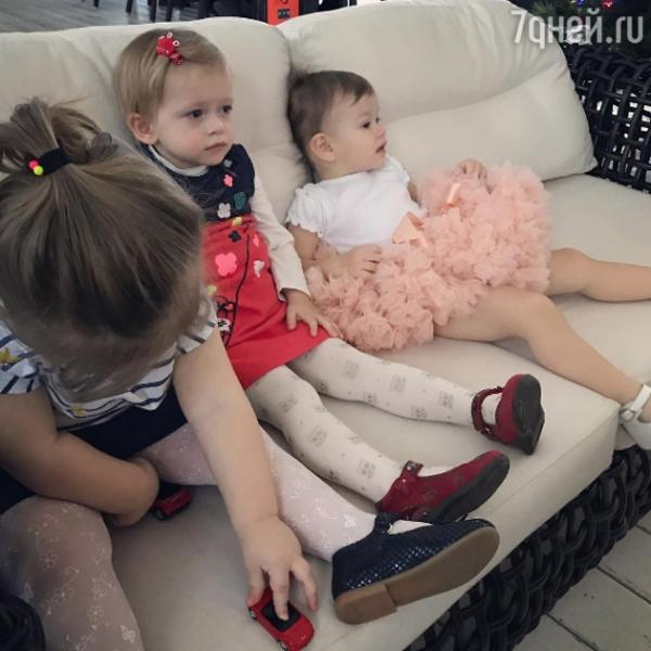Елену Темникову возмутили издевательства над детьми