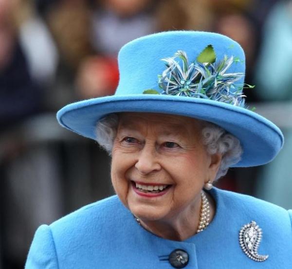 Елизавета II одобрила выбор принца Гарри