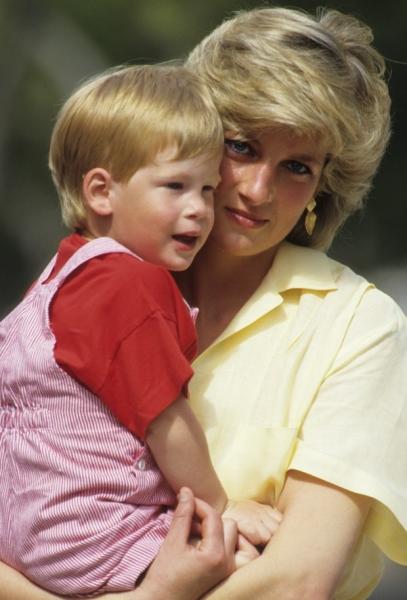Принц Гарри впервые откровенно заговорил о принцессе Диане