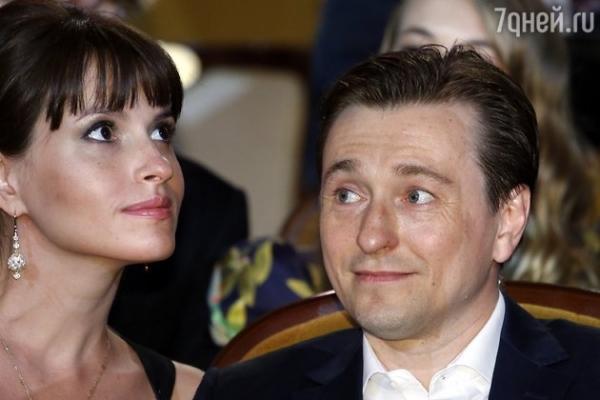 Дочка Сергея Безрукова пристрастилась к «телевизору»