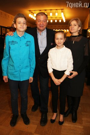 10-летняя дочь Ирины Пеговой отказывается ходить на елки