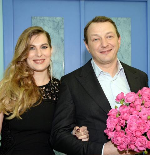 Возлюбленная Марата Башарова показала семейную идиллию