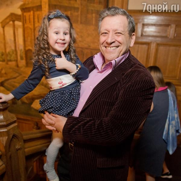Дочь Бориса Грачевского дебютировала в качестве певицы