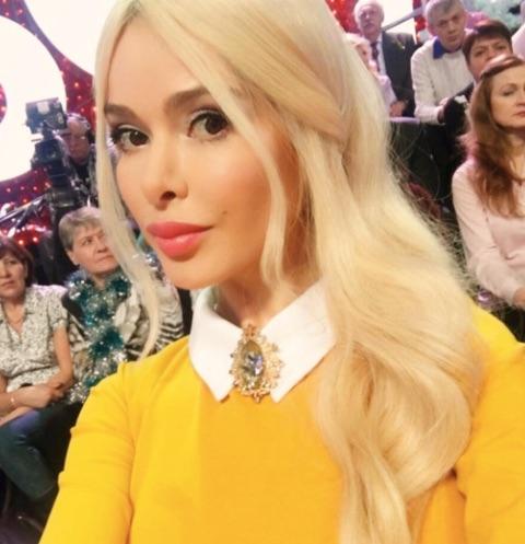 Бывший муж Алены Кравец увозит ее ребенка из страны