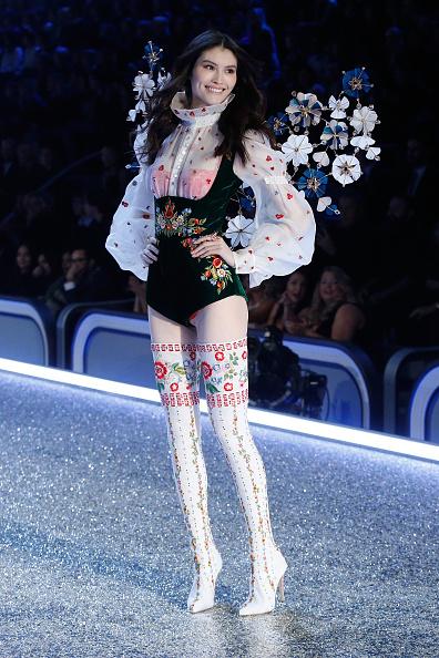 Victoria's Secret Fashion Show: самые интересные костюмы вечера